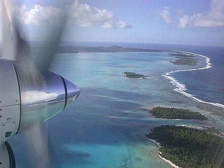final approach, aitutaki cook islands lagoon,